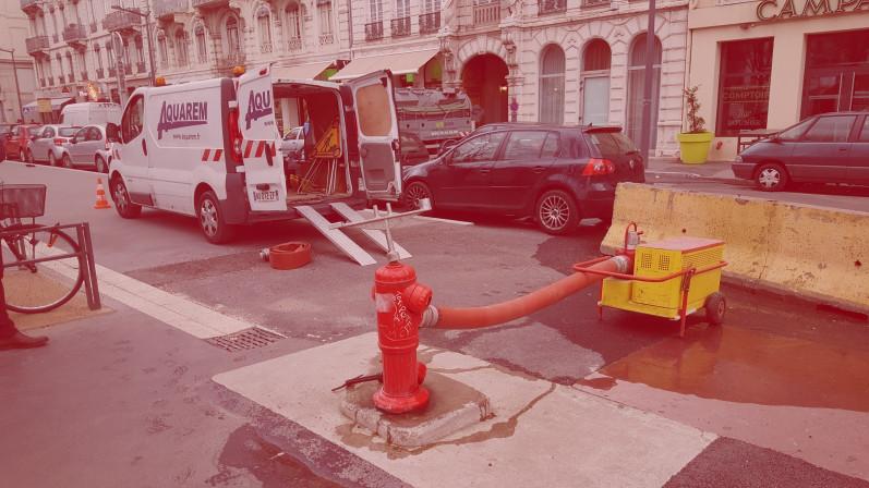 dépannage d'urgence d'un poteau incendie sur lyon