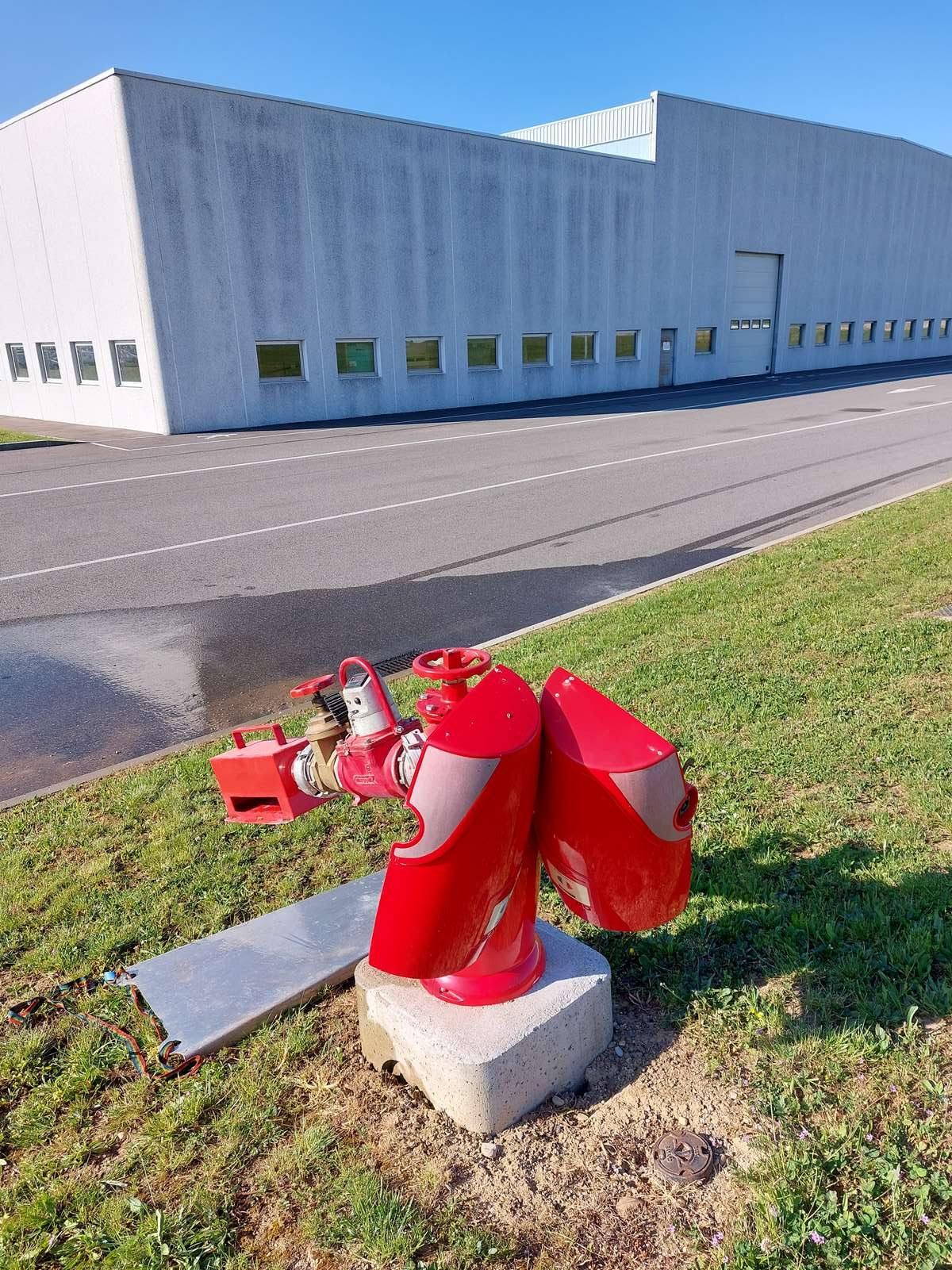 Contrôle débit et pression des poteaux incendie d'un site industriel à Beynost